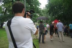 Petru Novotnému ani déšť, ani kroupy nevadí... :-) [foto: archiv TV Kolín]